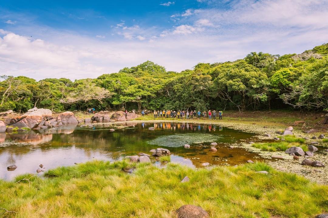 hồ Cô Đơn - cung trekking 8 Nàng Tiên