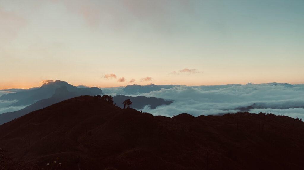 Vùng mây đại ngàn ở núi Lảo Thẩn 2860m