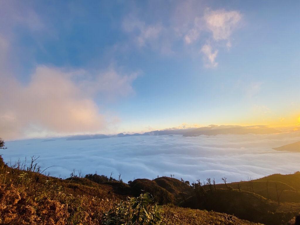 Trekking núi Lảo Thẩn-chạm tay vào thiên nhiên