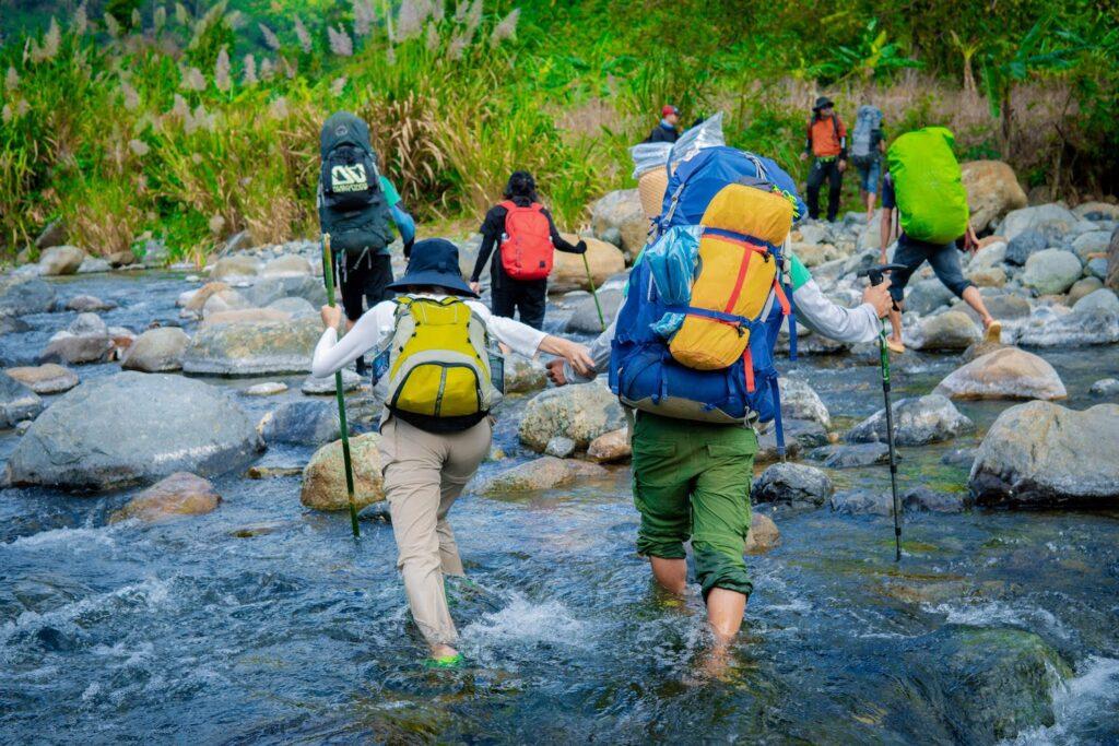 Sự khác nhau giữa hiking và trekking