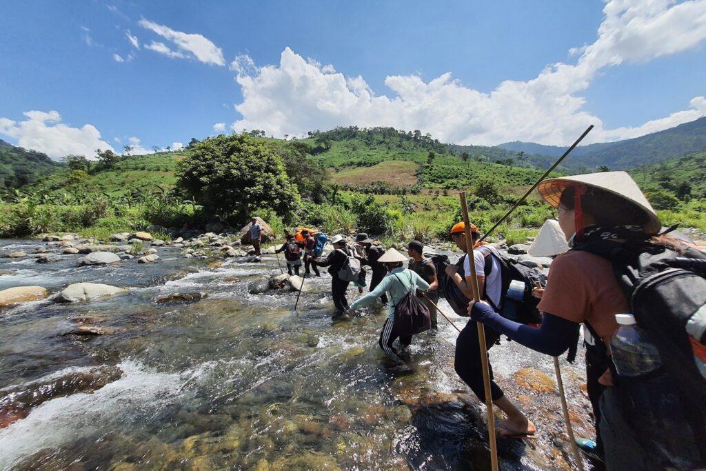 Bộ môn trekking - Thể dục thể thao cùng với thiên nhiên