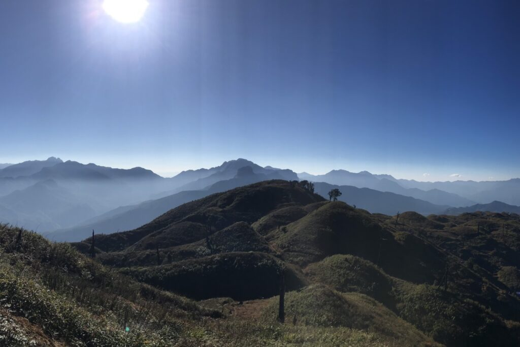 Lảo Thẩn - Nóc nhà của Y Tý hikking trekking