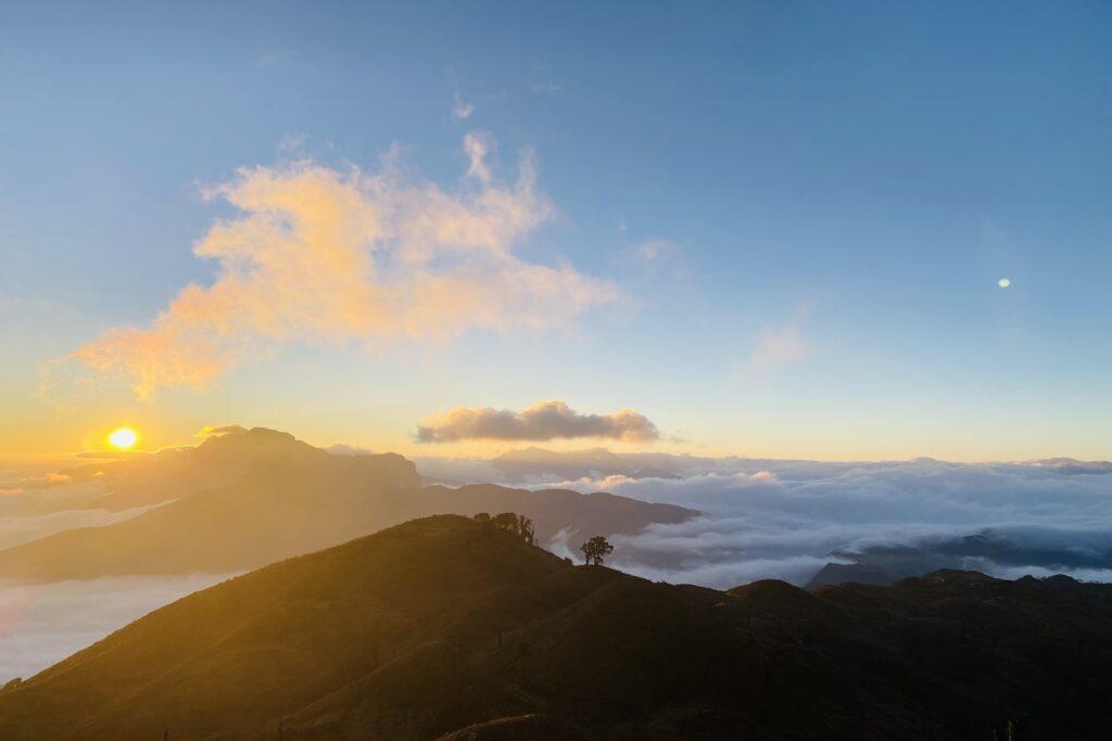 Vẻ đẹp thiên nhiên của Núi Chúa - Ninh Thuận hikking trekking