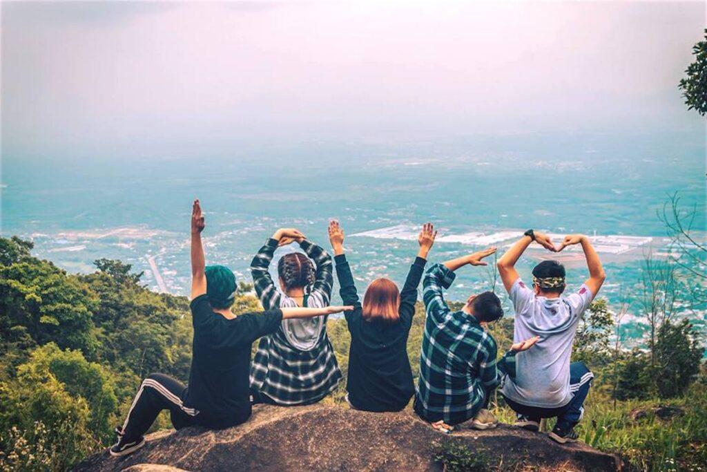 Cắm trại qua đêm ở núi Chứa Chan sẽ mang lại cho bạn nhiều kỷ niệm đáng nhớ