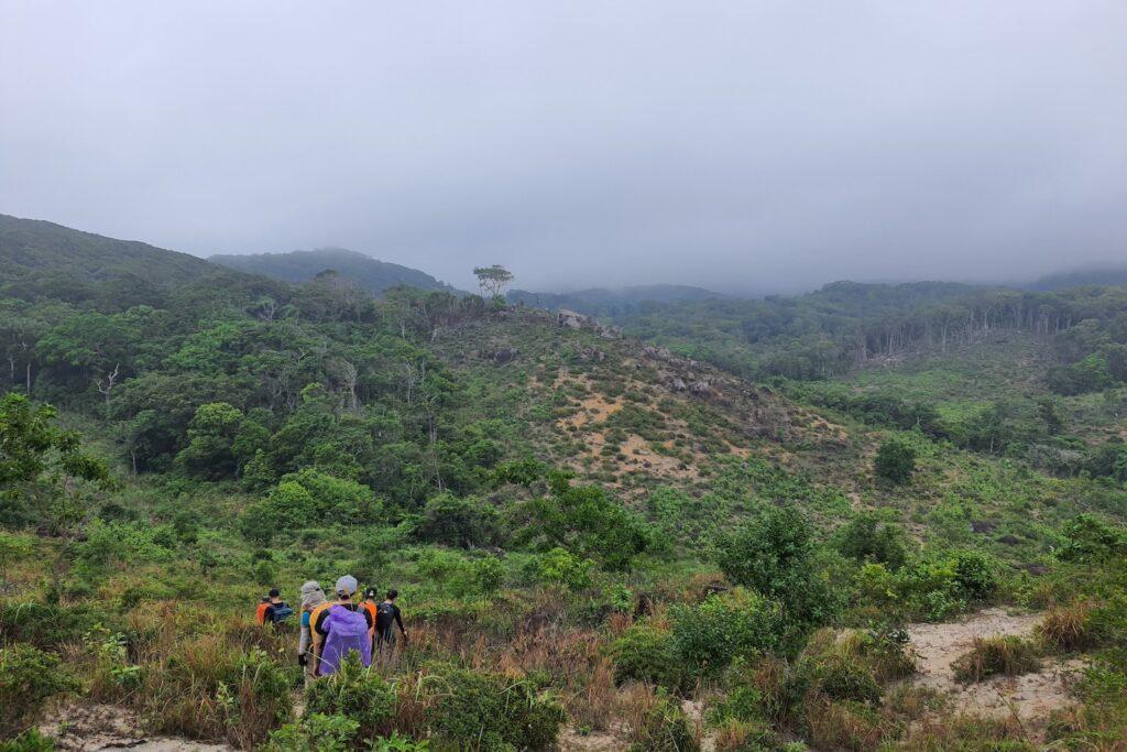 Thiên nhiên với vẻ đẹp vừa hùng vĩ vừa lãng mạn của vườn quốc gia Núi Chúa