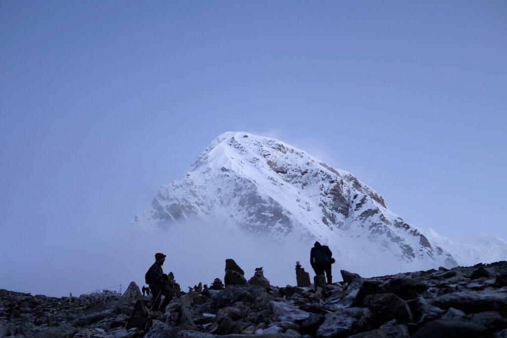 Chinh phục Everest Base Camp vào thời điểm nào là thích hợp nhất? By Michael Clark
